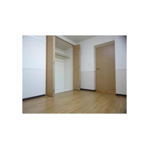 ラヴィ・アンローズ ブルーノ 1階の物件の内観